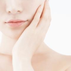唇のヒアルロン酸|東郷美容形成外科